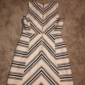 🔥H&M White and Black Dress Size 12 🔥
